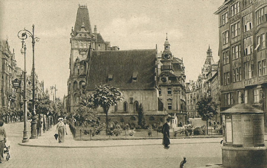 Travel back in time to Prague